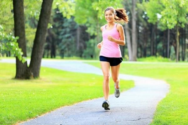 Bị  tiểu đường nên đi bộ hay chạy bộ tốt hơn?