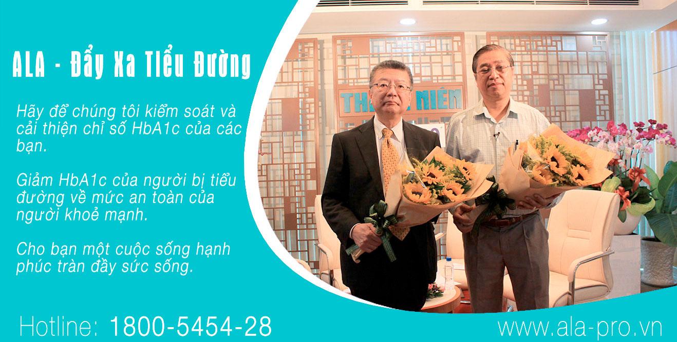 Tiến sỹ Toru TANAKA và Bác Sỹ Trương Hiếu Nghĩa, Tổng Giám Đốc Phòng Khám Đa Khoa Eurovie.